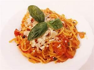 Tomate Mozzarella Rezept : tomate mozzarella pasta rezepte suchen ~ Lizthompson.info Haus und Dekorationen