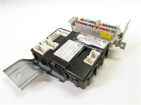 Fuse Box In Nissan 350z by Nissan 350z 05 Dash Bcm Fuse Box Relay