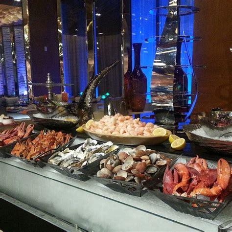 seafood buffet buffet pinterest restaurant seafood