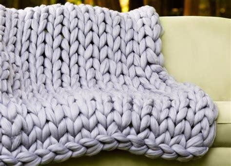 Chunky Knit Blanket, Super Chunky Merino Wool Throw, Arm Knit Blanket