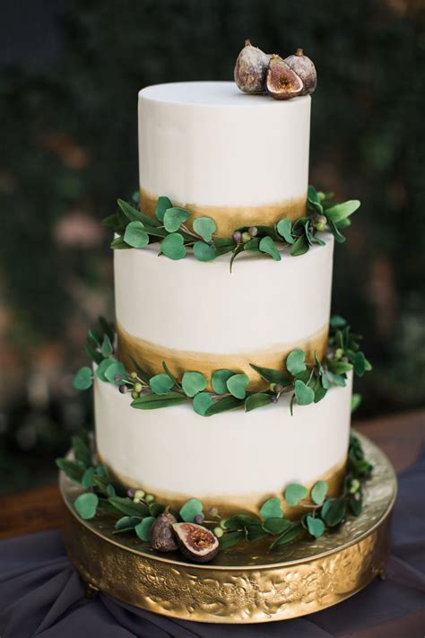eucalyptus fig  olive leaf cake cakecentralcom