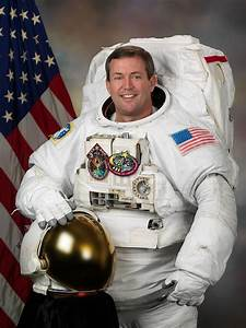 Michael Foreman (astronaut) - Wikipedia