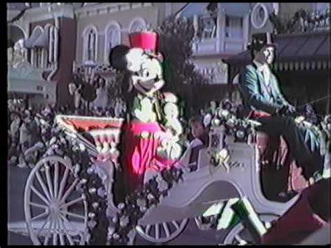 disney world christmas parade  youtube