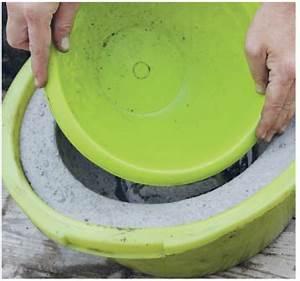 Fabriquer Grande Jardiniere Beton : un grand pot rond en b ton pour mon jardin bricoles pinterest jardin en b ton jardini re ~ Melissatoandfro.com Idées de Décoration