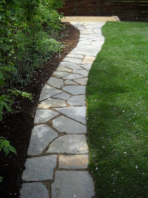 flagstone walkway 25 best ideas about flagstone walkway on pinterest stone paths gravel walkway and stone walkway