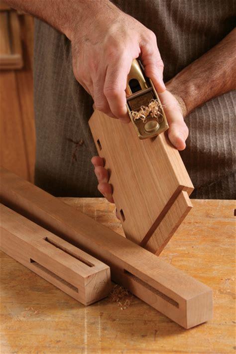 break  edge finewoodworking