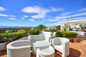 Marbella Hill Club, exclusive Villas, townhouses and ...