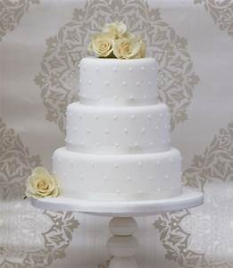simple wedding cakes make a come back wedding and bridal With simple wedding cake ideas