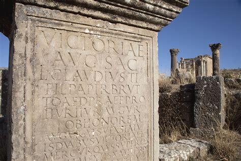 roman fonts    ancient rome