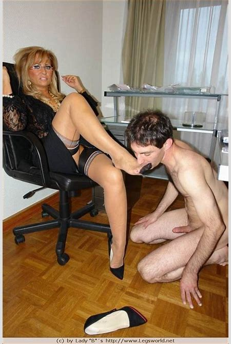 Kinky mistress in stockings playing with her foot slave - Pichunter