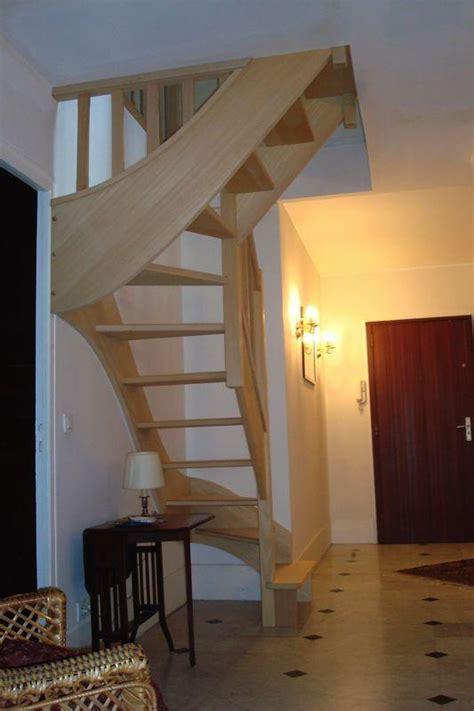 pose d escalier 1 4 tournant haut et bas en bois