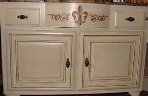 how to put a glaze finish on cabinets wwwlooksisquarecom With what kind of paint to use on kitchen cabinets for moose sticker
