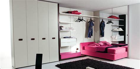 Bedroom. Cool Teenage Girl Room Themes