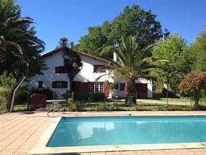 Location Maison Bayonne : grande maison avec grand jardin piscine au calme proche plages et bayonne landes 1249589 ~ Nature-et-papiers.com Idées de Décoration