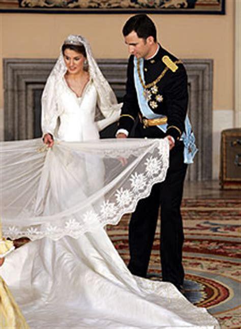 sofia vergara wikipedia español el pr 237 ncipe felipe ayuda a la princesa letizia a colocar