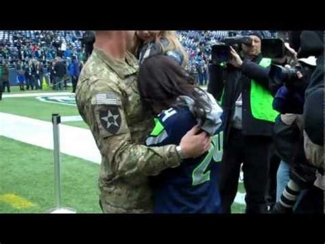 army sergeant surprises wife daughter  nfl