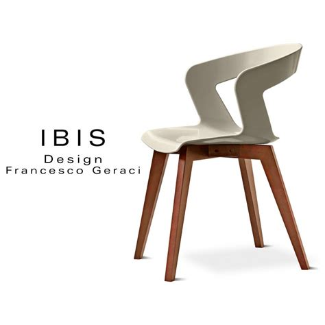 chaise plastique design chaise design coque piétement bois ibis assise plastique