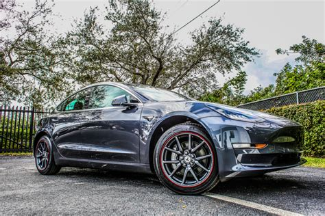 Download Tesla 3 With 18 Inch Rims Pics