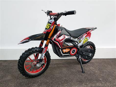 kinder auf motorrad kinder elektro motorrad jumpy 500 riesenspa 223 auf 2 r 228 dern