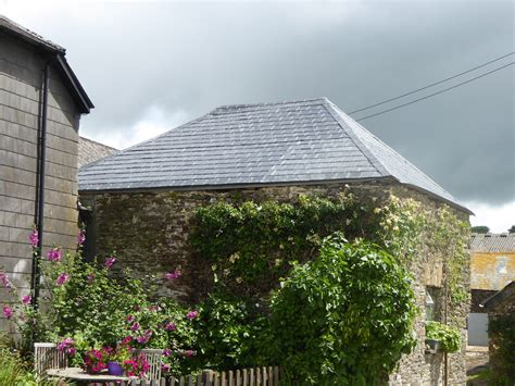 Barn Roofing by Barn Roof Using Grp Slate Tiled Roofing Sheets Shapes Grp