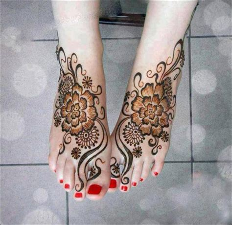 Henné Pied Simple 40 Exquisite Mehndi Designs That Ll Make Heads Turn