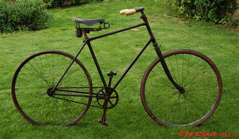 Men's safety bicycle - unknown manufacturer - probably ...