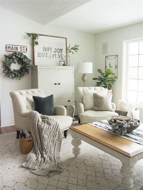 transitional decor french country living room