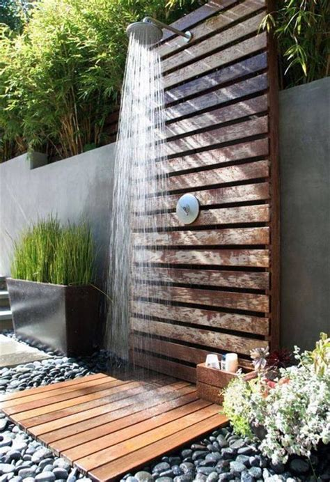Diy Wooden Pallets Outdoor Bathing Shower Concepts