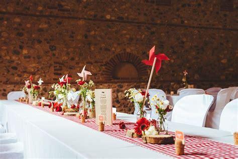 mariage guinguette vichy rouge moulin en papier