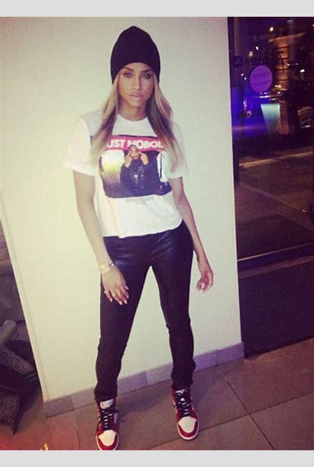 girls wearing jordans on Tumblr