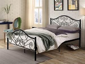 Lit En Metal 140x190 : lit leyna 140x190 cm m tal noir ou blanc style fer forg ~ Teatrodelosmanantiales.com Idées de Décoration