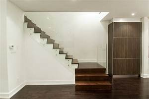 Baseboard, Trim, Styles, Home, Gym, Traditional, With, Beige, Wall, Incandescent, Sconces