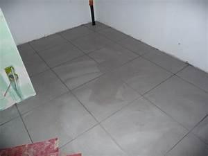 repeindre un carrelage au sol plans deconception peindre With peindre un carrelage au sol