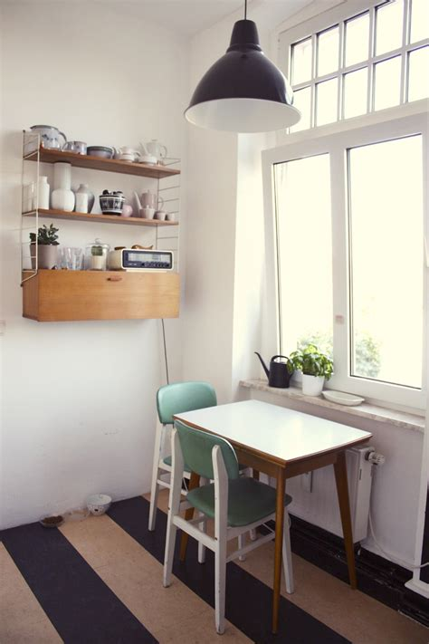 Small Kitchen Table Decorating Ideas by Small Kitchen Table
