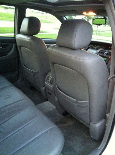 purchase   toyota avalon xls sedan  door