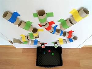 Spiele Für Kleinkinder Drinnen : eine farbenfrohe kugelbahn selber machen kugelbahn obwohl und das baby ~ Frokenaadalensverden.com Haus und Dekorationen