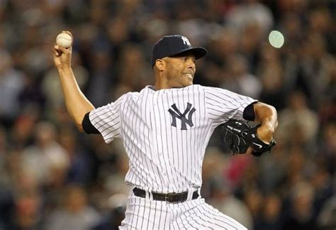 read     catching yankees mariano riveras