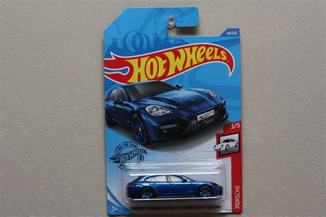 Hot wheels porsche 918 spyder exclusive by tiny toes. Hot Wheels 2020 Porsche Series Porsche Panamera Turbo S E-Hybrid Sport Turismo (blue)