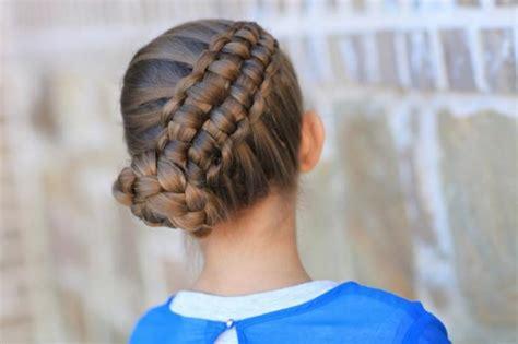 les coiffures pour enfants tendance en