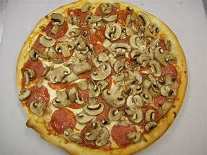 The gallery for --> Anchovy Pizza