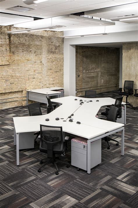modern industrial floor l modern industrial open floor plan desks ambience doré