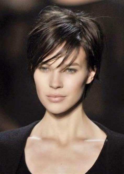 coupe de cheveux femme court 2016