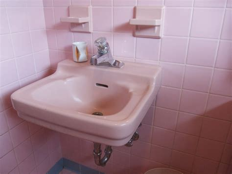 pink kitchen sink one more pink bathroom saved betty crafter 1501