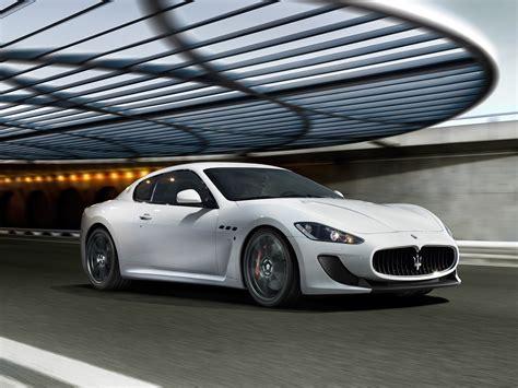 Modifikasi Maserati Granturismo by Sport Car Maserati Granturismo Mc Stradale 2012