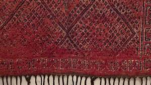 Tapis Berbere Bleu : tapis berbere bleu de fes tanger tapis youtube ~ Teatrodelosmanantiales.com Idées de Décoration