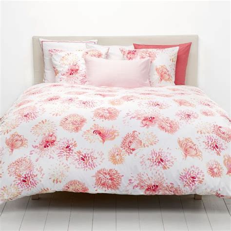 shop for the zinnia bed linen by christian fischbacher