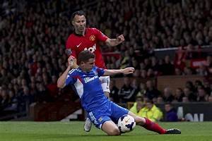 Ryan Giggs facing tough competition from Bellamy, Roberts ...