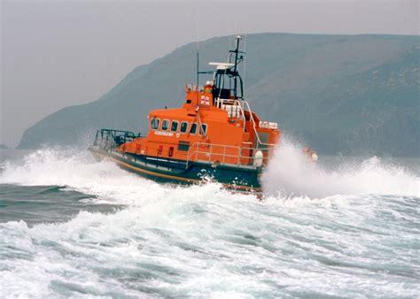 Rnli fishguard swimmer  difficulty triggers rnli lifeboat 1024 x 732 · jpeg