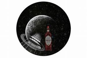Prato Vista Dalla Luna  Una Ragazza Di Mezzana