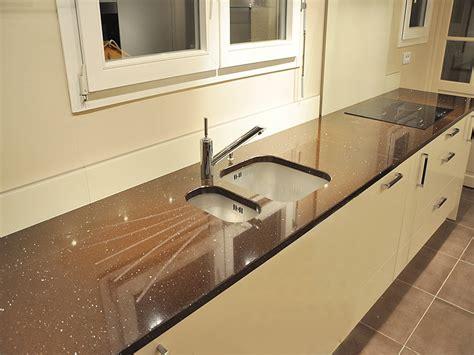 plan de travail cuisine quartz ou granit plan de travail en quartz pour cuisine cuisine blanc